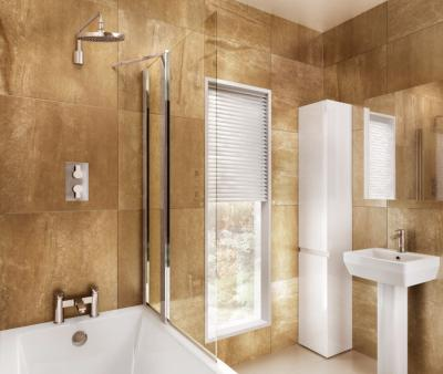 Britton Bathrooms 850mm Bathscreen with Fixed Panel